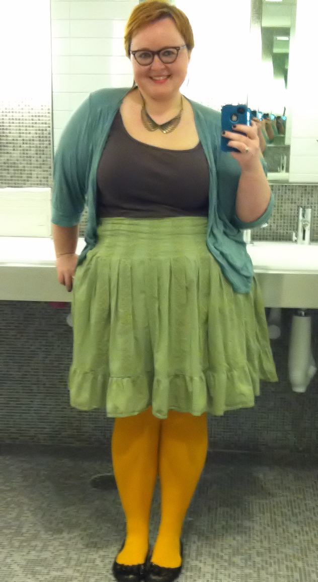 chubby-woman-in-tight-skirt